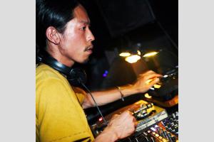 koumehara_2012_1000
